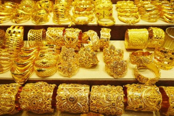 Gold-imports-witness-sharp2020-03-01-10-32-46
